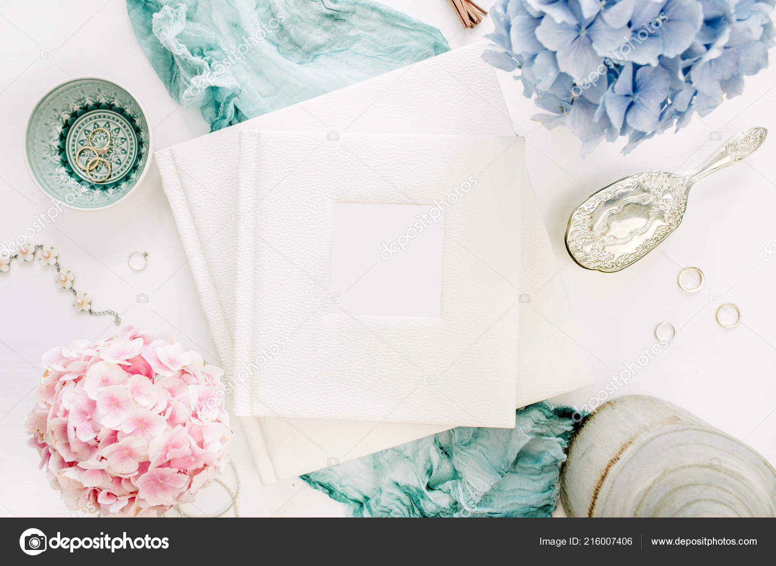 Rodinne Svatebni Fotoalbum Pastelove Barevne Hortenzie Kytice
