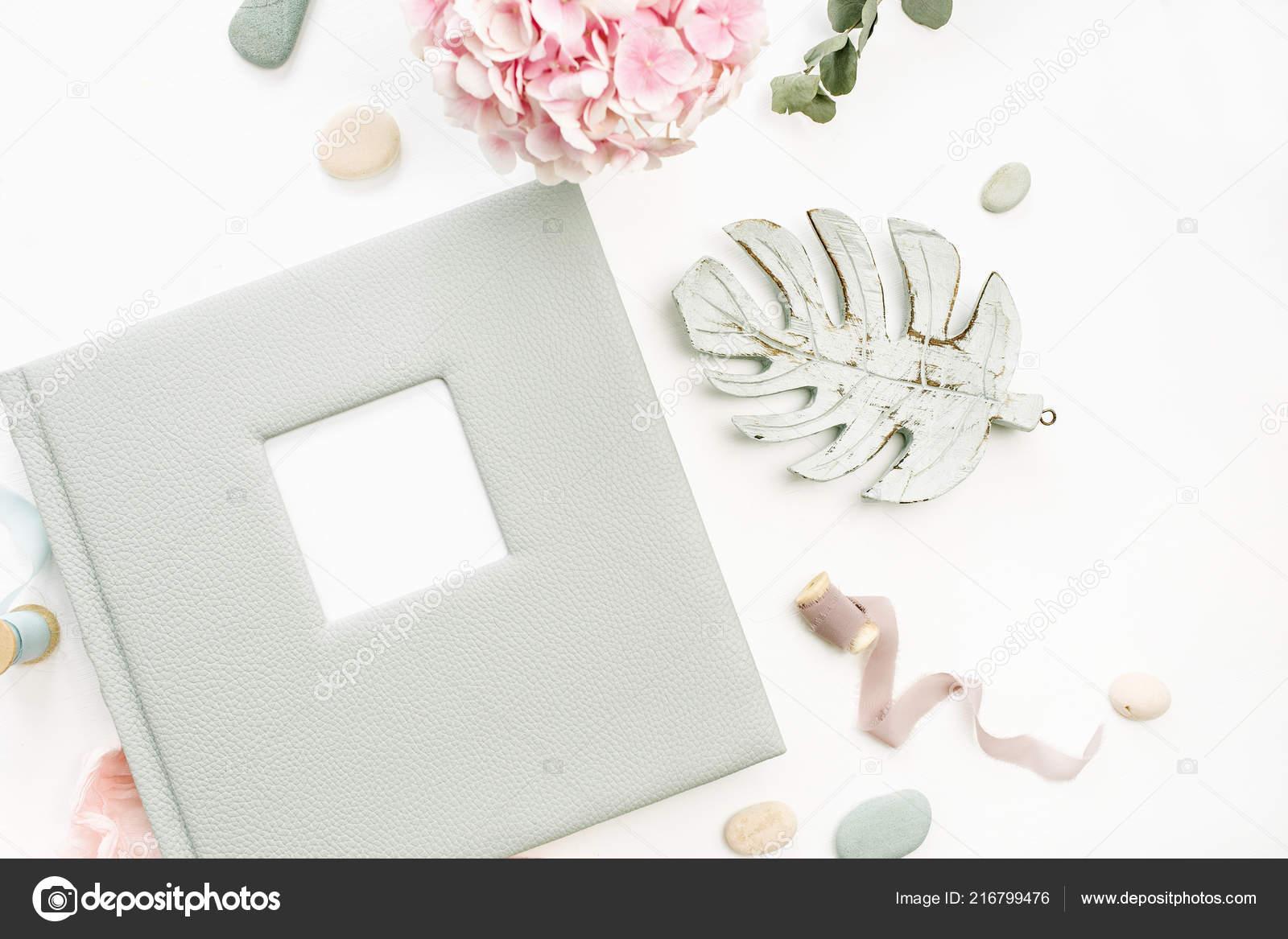 Фотоальбом из цветов
