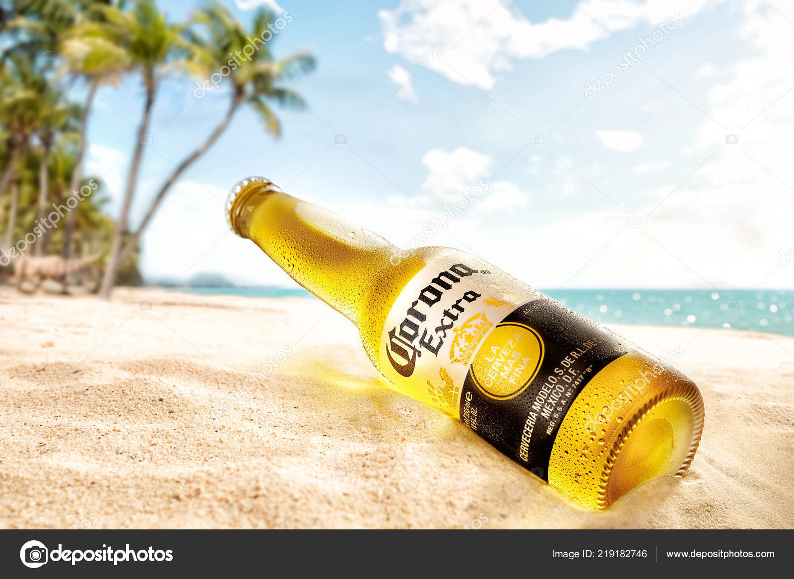 Bottle Cold Corona Extra Beer Beach Sand Stock Editorial Photo C Venge Mail Ua 219182746