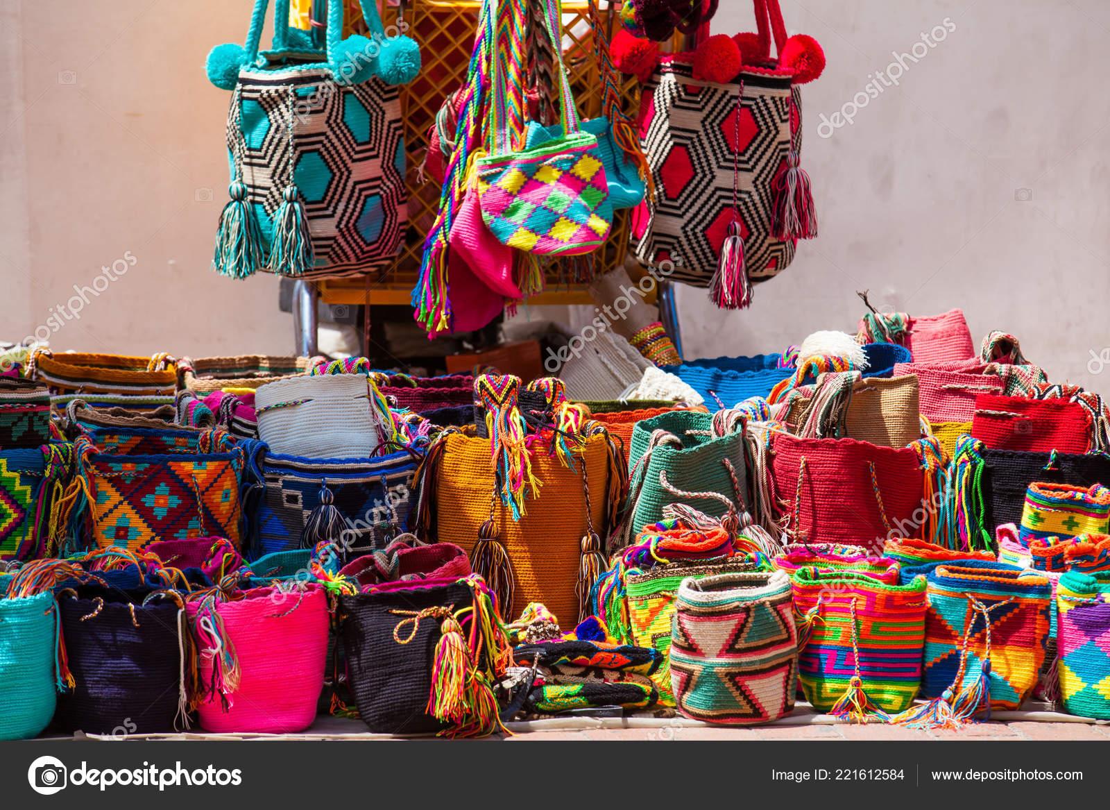 Cartagena Indias Colombia Agosto 2018 Calle Venta Artesanales Bolsos