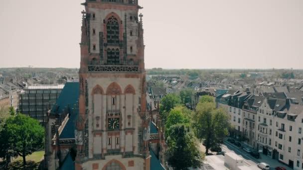 Drohnen aus der Luft. deutschland düsseldorf kirche st. peter. Düsseldorf-Panorama