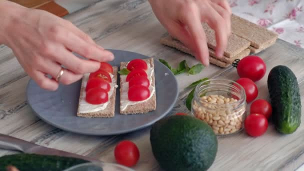 Cooking Healthy Veggie Sandwiches