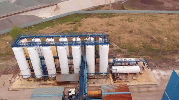 Kläranlage, Wasserrecycling in der Kläranlage, Luftaufnahme. Ökologie