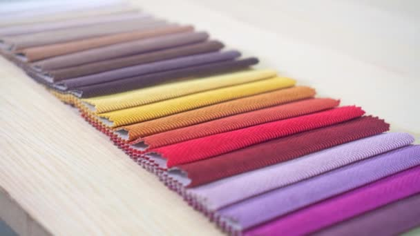 Qualitätsstoffe Farbe Palette hautnah.