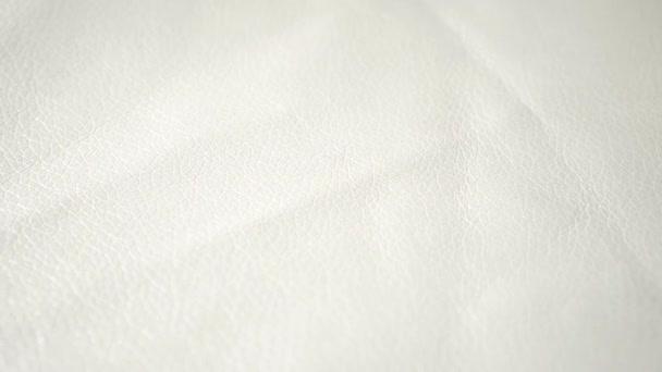 Pelle luminosa superficie strutturata opaca estremamente chiuda colore bianco
