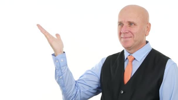 Podnikatel s gesta rukou v Tv reklamu