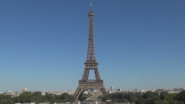 Paris Downtown Image with Eiffel Tower in Center