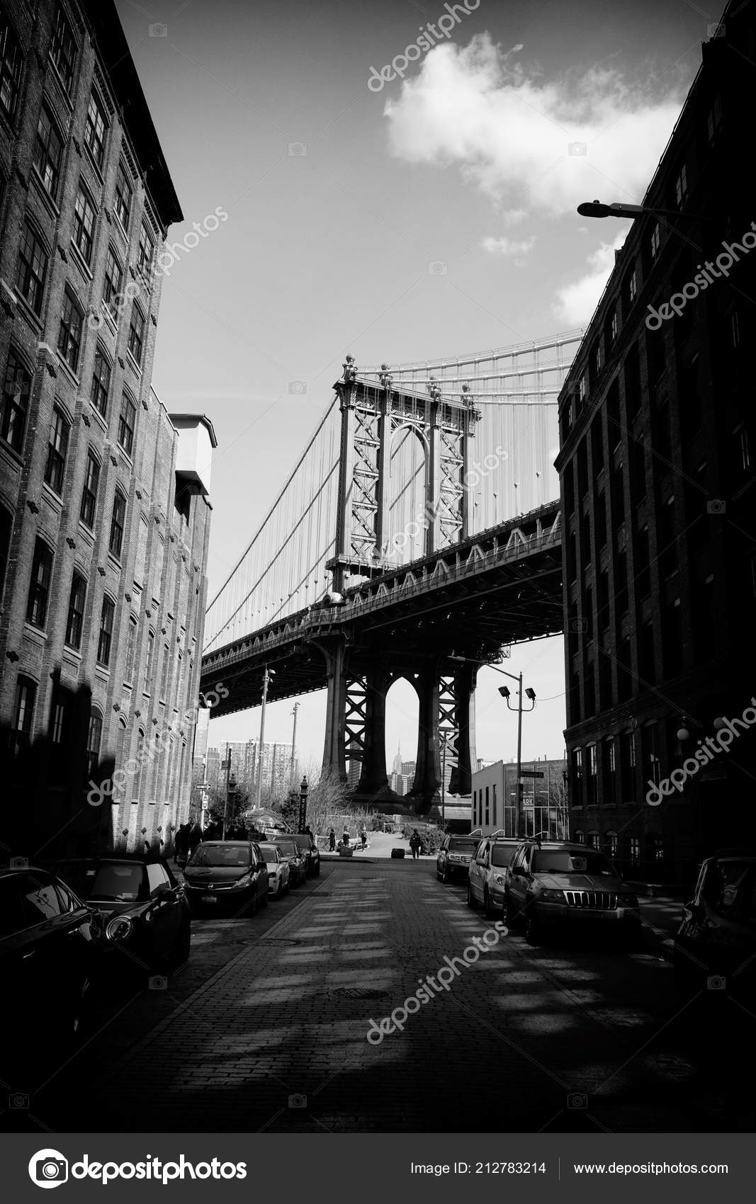 New york usa april 11 2018 manhattan bridge iconic view in black and white one of the most popular tourist attractions in new york city
