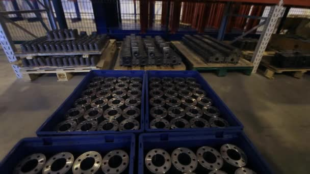 Targonca teherautó berakodás gyári dobozok készült fém üres