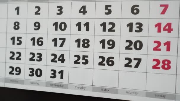 Pracovní oběd, kalendář a nálepka