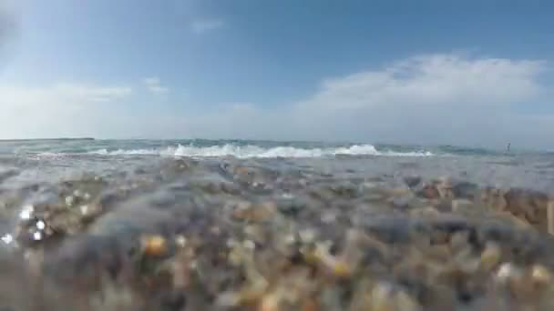 Meer, Sandstrand, Meereswelle. schöner Meereshintergrund.