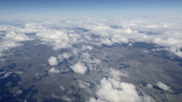 Letecký pohled na Norsko pod mraky