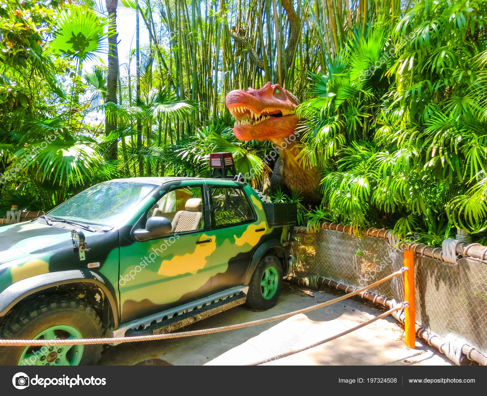 Orlando Florida May 09 2018 Jurassic Park Dinosaur And Jeep At Universal Studios Islands Of Adventure Theme Park Stock Editorial Photo C Marina113 197324508 Universal studios japan, or usj as it's known for short, isn't exactly a cheap day out, but it is a popular destination in osaka, with thousands making the pilgrimage to visit harry potter's wizarding. https depositphotos com 197324508 stock photo orlando florida may 09 2018 html
