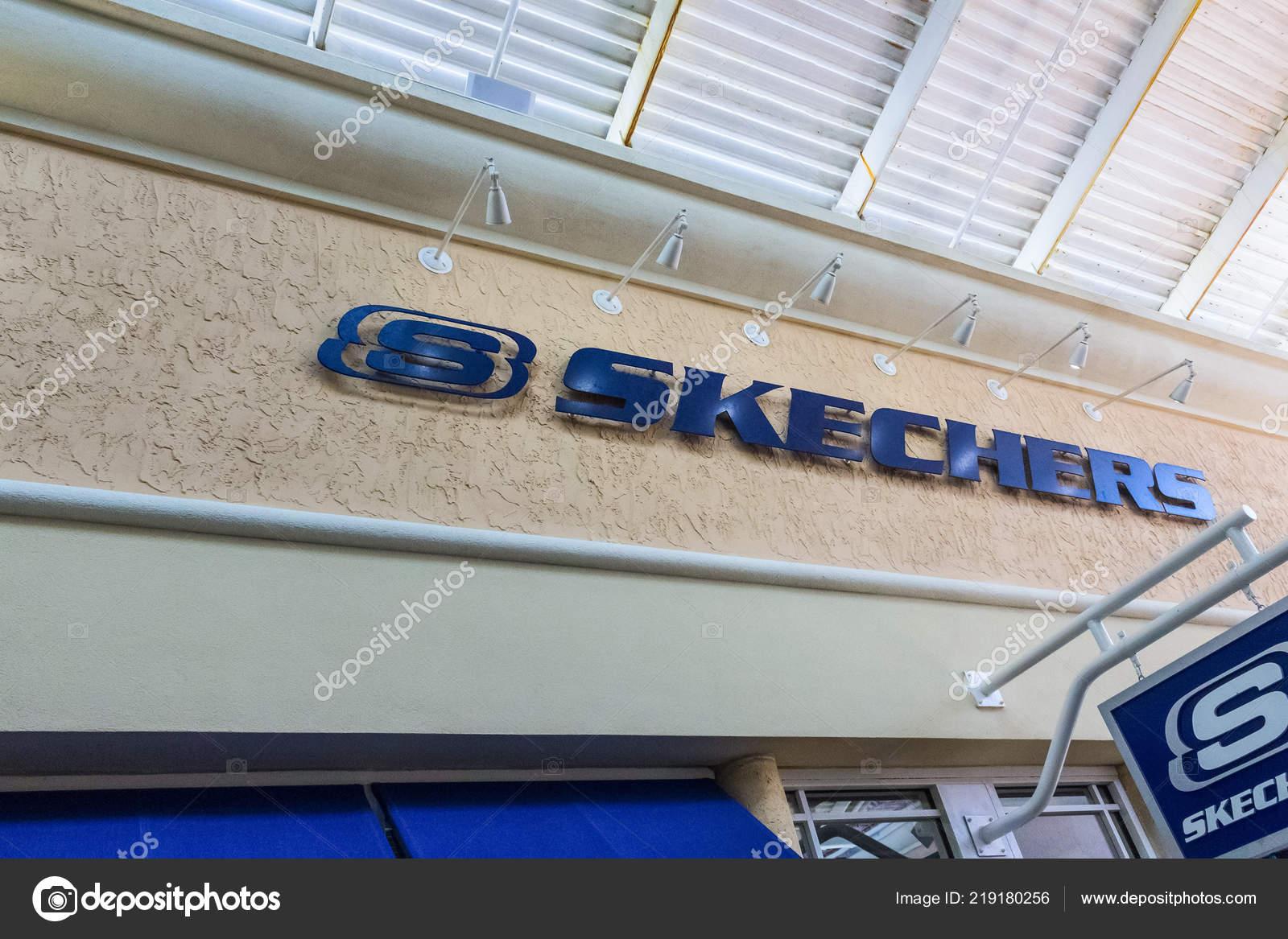 skechers outlet florida