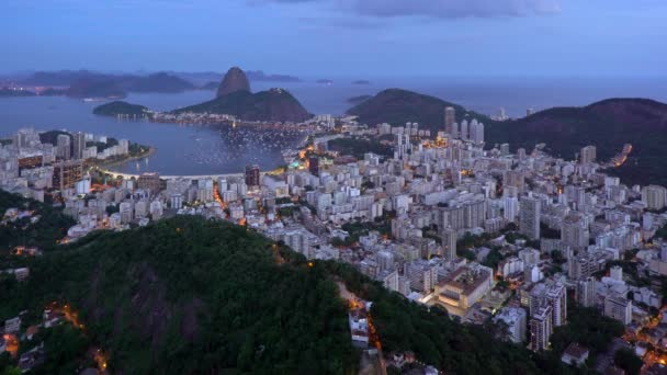 Pao Acucar veya Sugar Somun Dağı ve Botafogo Körfezi, Rio de Janeiro, Brezilya, Güney Amerika