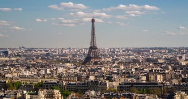 Eiffelova věž, vyvýšený letecký výhled na střechy, Paříž, Francie, Evropa - Časová prodleva