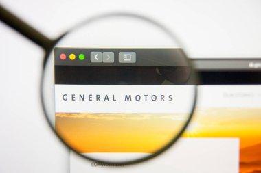 Los Angeles, California, USA - 14 February 2019: General Motors website homepage. General Motors logo visible on monitor screen.