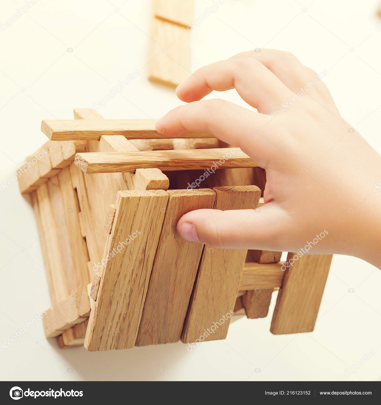 Kleines Holzhaus Modell Holzhaus Bau Mein Haus Konzept Kind ...