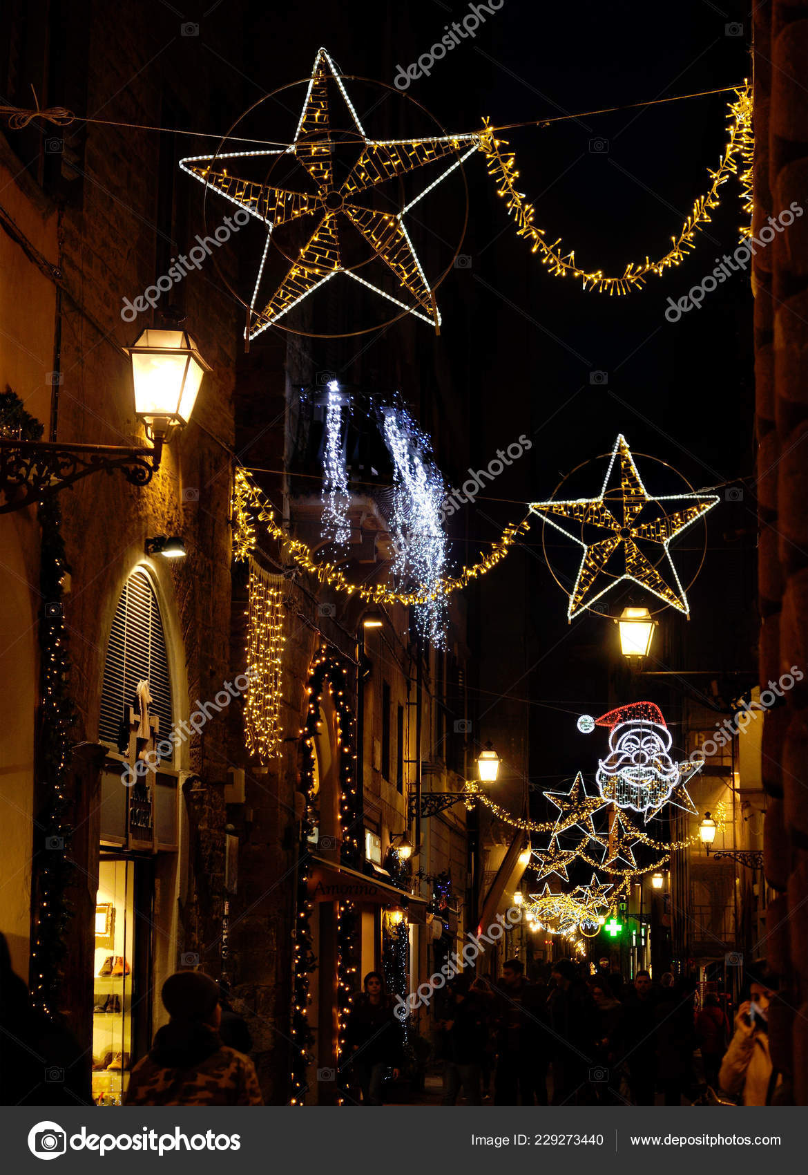 Christmas In Florence Italy.Florence November 2018 Christmas Lights Decorations Centre