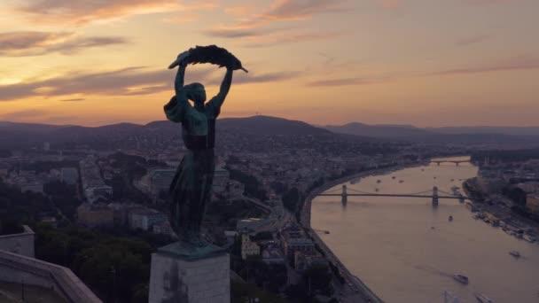A Citadella és Szabadság szobor budapesti megtekintése
