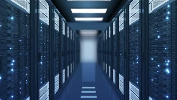 nahtlose Bewegung durch die Serverschränke blaue Farbe im Rechenzentrum dof unscharf. wunderschöne 3D-Animation mit flackerndem Computerlicht. Big-Data-Cloud-Technologie. 4k ultra hd 3840x2160.
