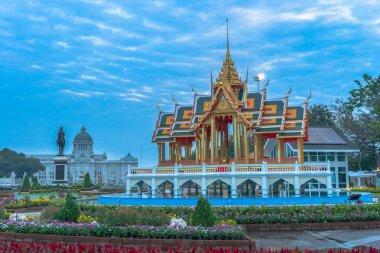 """Картина, постер, плакат, фотообои """"была построена модель Банг Па в Королевский дворец в бассейне от Аютайя"""", артикул 240673140"""