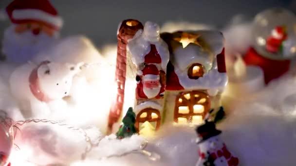 Weihnachtsdekoration, Snow Dome, Globus mit Tischdekoration