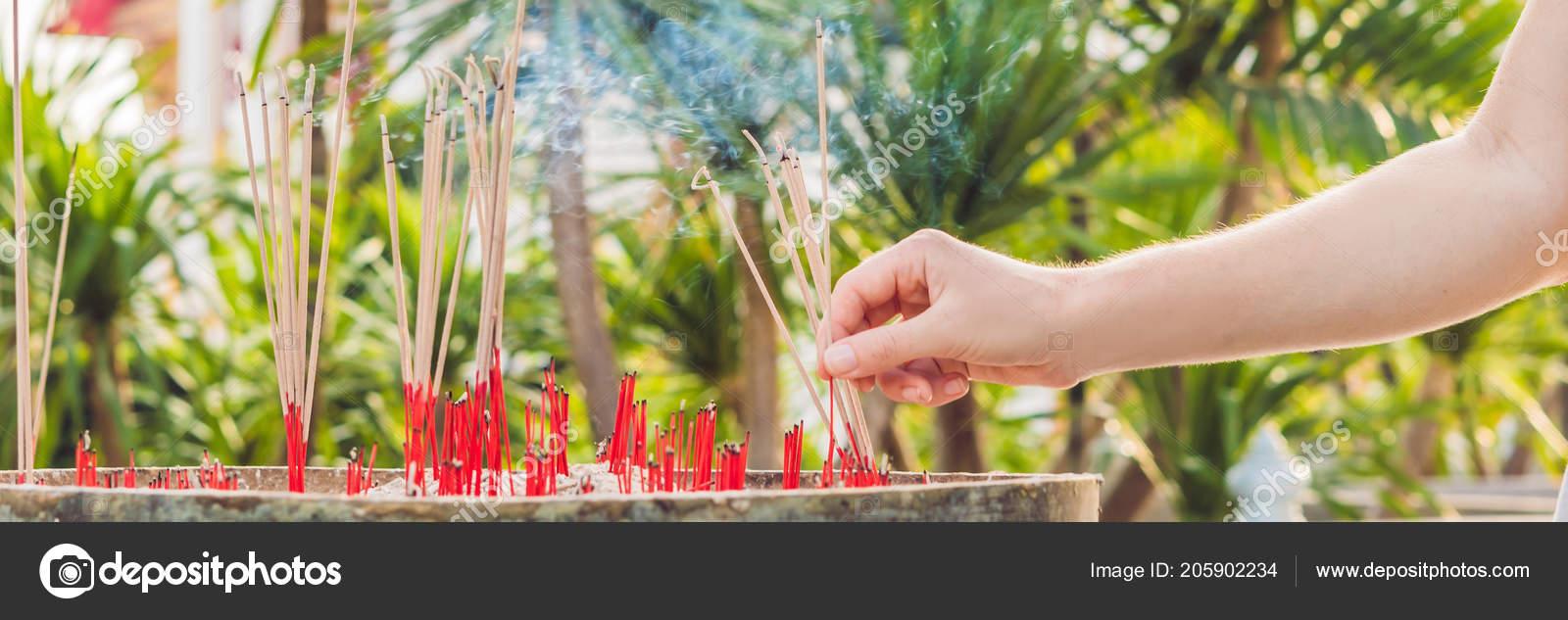 Smell Smoke Incense Smoke Joss Stick Temple Smoke Incense Spirit