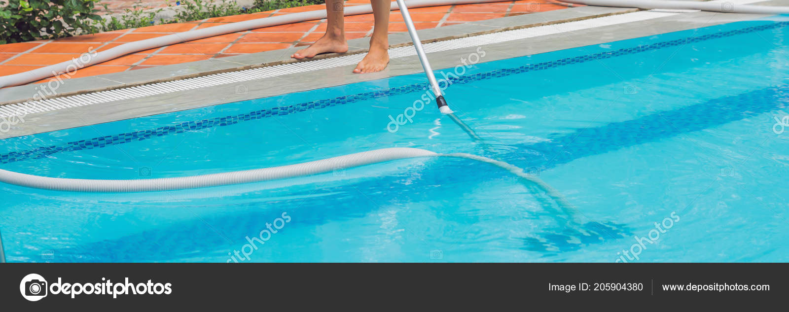 Male Cleaner Swimming Pool Cleaning Water Dirt — Stock Photo ...