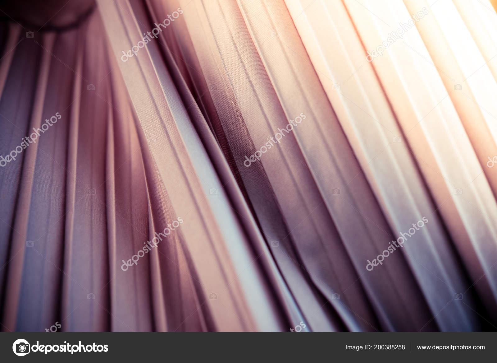 Textura Tecido Cetim Listrado Degradê Tons Roxo Laranja Roxos Tonificado —  Fotografia de Stock 74c02f92e129e