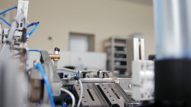 Attrezzature meccaniche funziona come mini fabbrica in officina