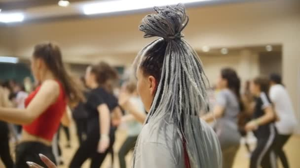Open Dance Lesson A Woman With Grey African Braids Stock Video C Barselona Dreams 245409530