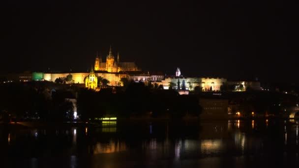 Pražské noční pohled na město