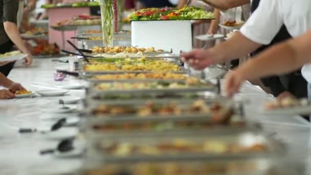 bufet jídlo stravování potraviny party v restauraci