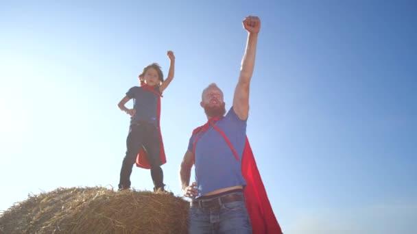 Hravé rodiny statečných superhrdinů na stráži