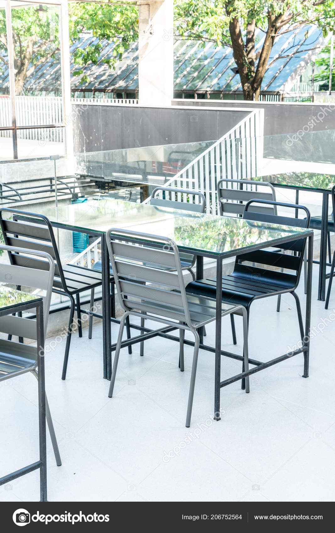 Table Chaise Patio Extrieur Vide Photo