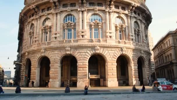 Piazza de Ferrari, hlavní náměstí Janov, ležící v srdci města