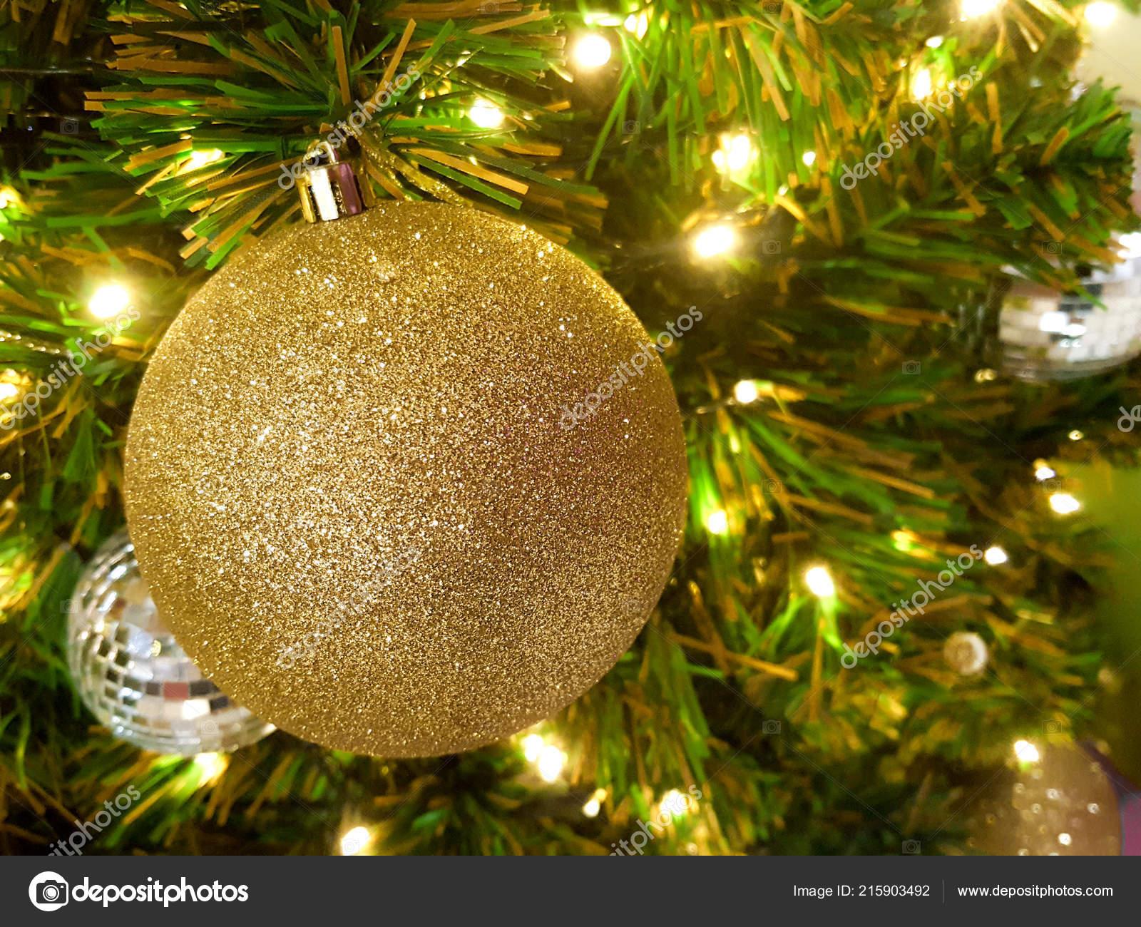 Weihnachts Kugel Hängen Abstrakte Leuchtet Hintergrund — Stockfoto ...