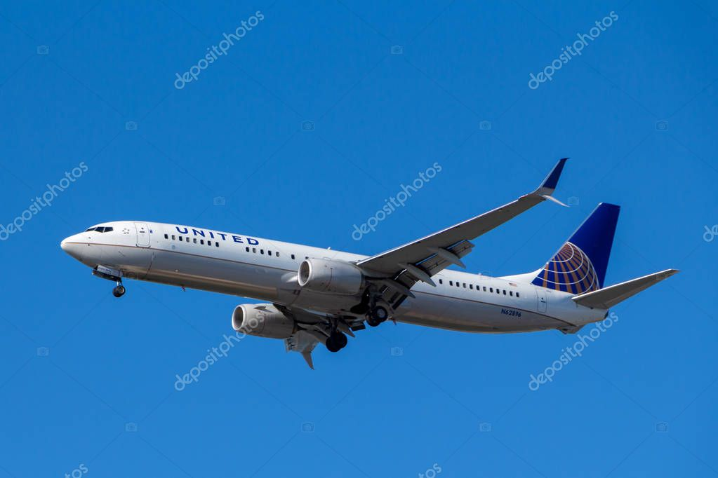 Vancouver, Canada - Circa 2018 : Boeing 737 in United Airlines L