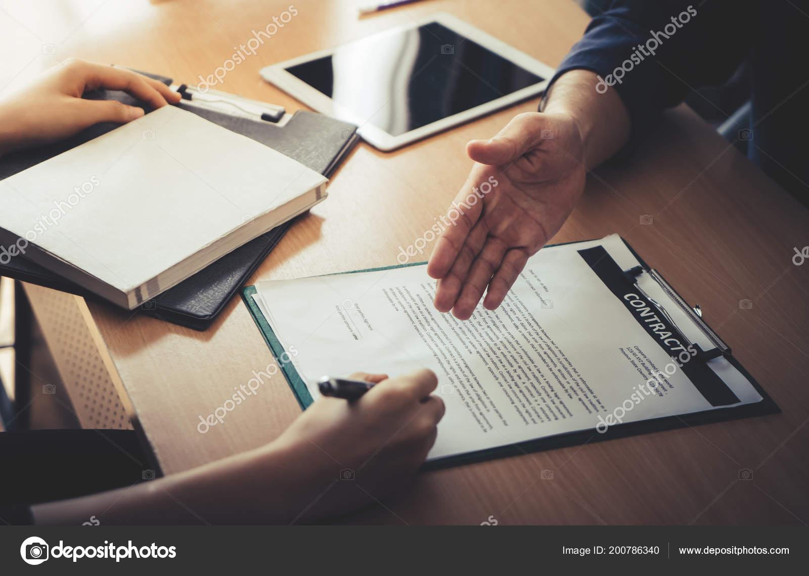 Neuer Arbeitgeber Wurden Eingeladen Nach Erfolgreichen