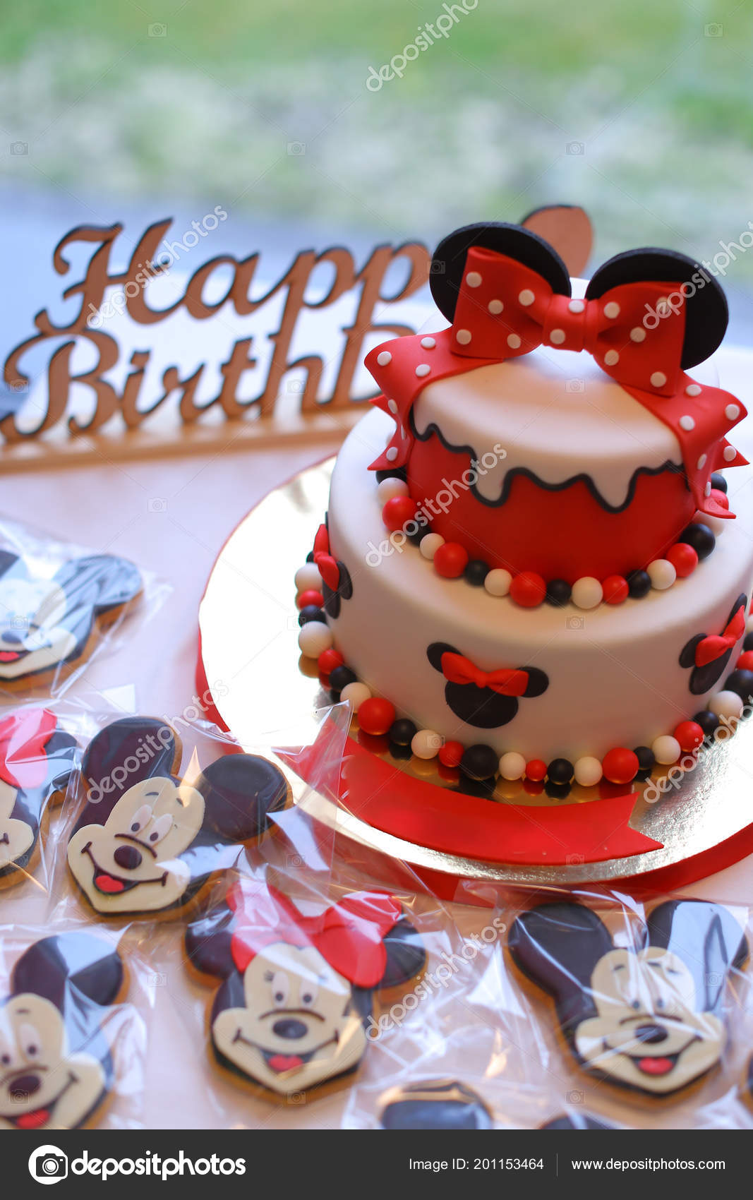 Mickey Mouse cakes for birthday  — Stock Photo © sisterspro #201153464