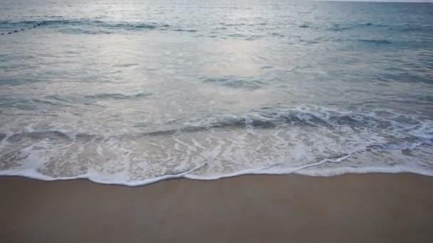 Zpomalený pohyb místní přijde na moře pro lov
