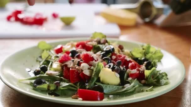 Preparation of healthy salad