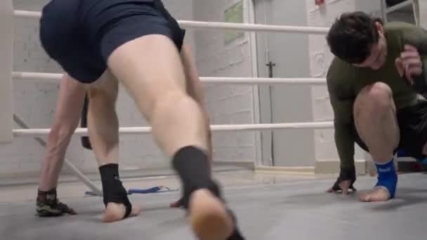 Bojovníci Vyhříhací Sport cvičení tělocvična vlak