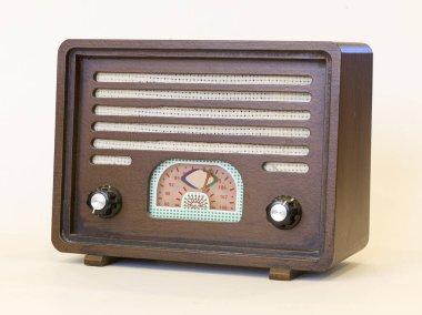 antique nostalgie wooden radio
