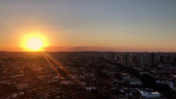 ribeirao preto city panoramische Luftaufnahme Skyline bei Sonnenuntergang