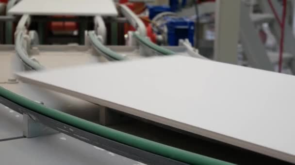 Fabbrica per la produzione di piastrelle in ceramica moderne su