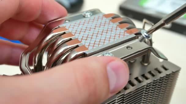 Frissítő rendszer-val radiátor csövek telepítéshez a processzor elkészítése