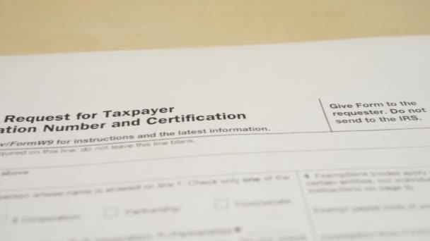 Daňový doklad pro formulář příjmů Irs w-9