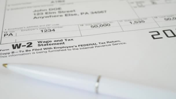 Daňový doklad pro daňové Irs W-2 formuláře